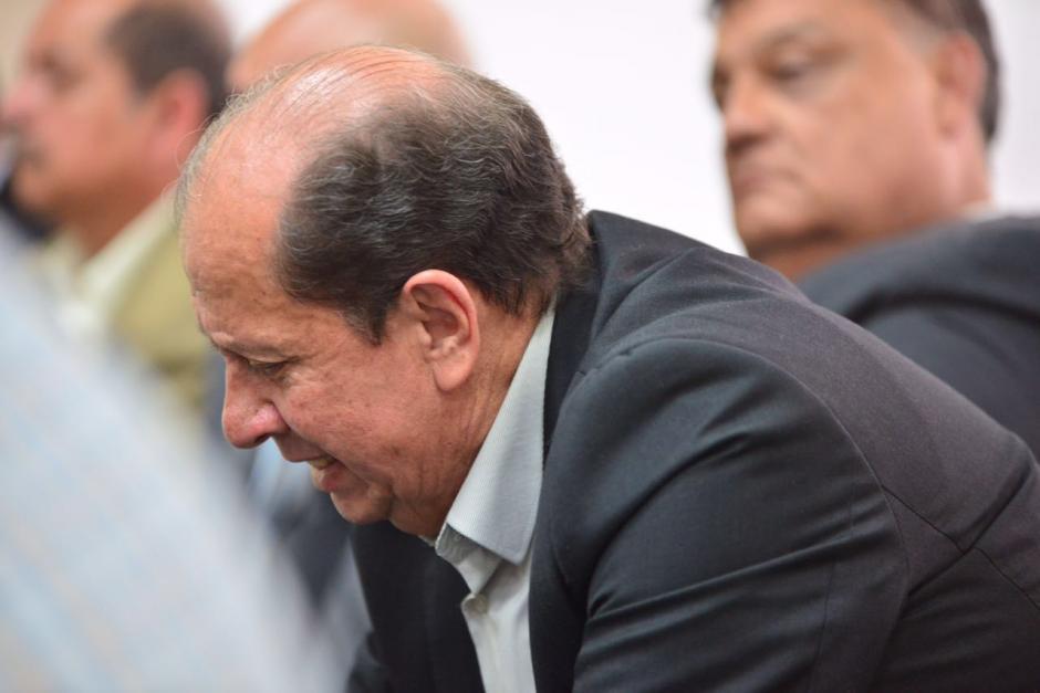 José Luis Mijangos al momento de escuchar la resolución del juez. (Foto: Jesús Alfonso/Soy502)