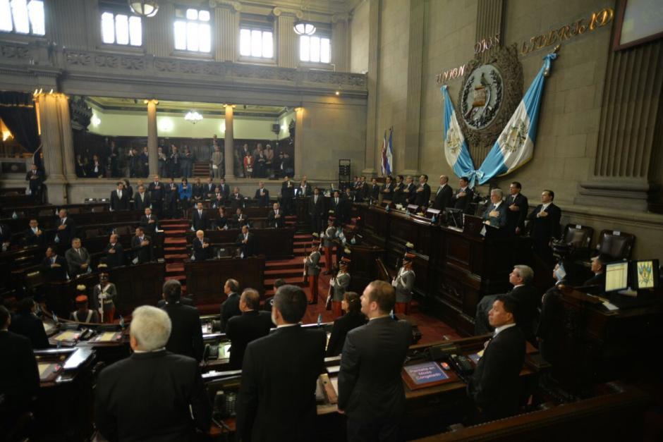 El Presidente busca apoyo para aprobar varias leyes. (Foto: Wilder López/Soy502)