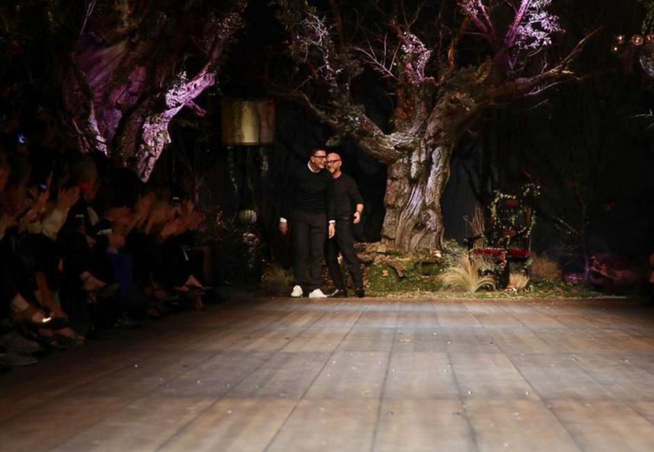 Caperucita Roja en Sicilia fue la inspiración de la firma Dolce & Gabbana. (Foto: NowFashion)