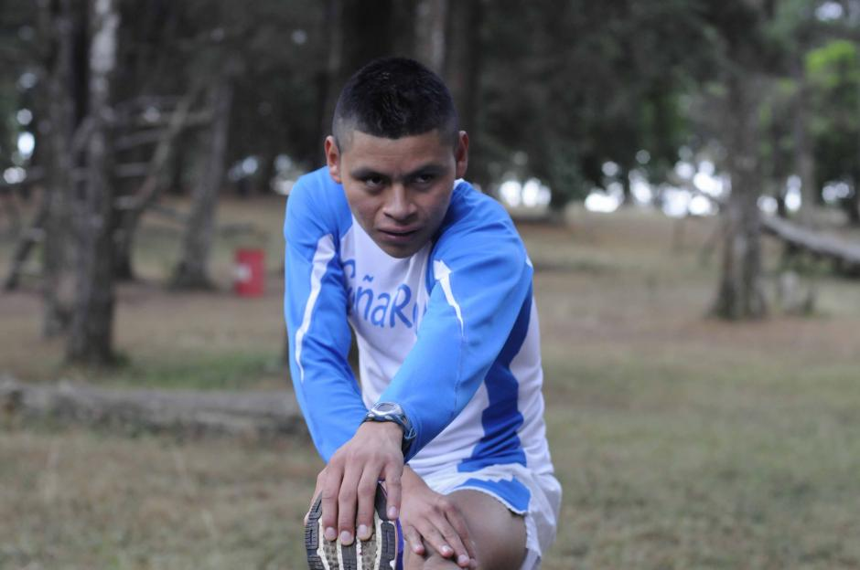 Domingo Icó, actualmente está cursando primero básico. También es fondista. (Foto: Soy502)