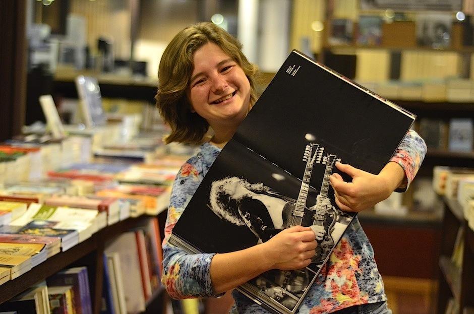 Dominique Hunziker trabaja en su primer material discográfico. (Foto: Selene Mejía/Soy502)