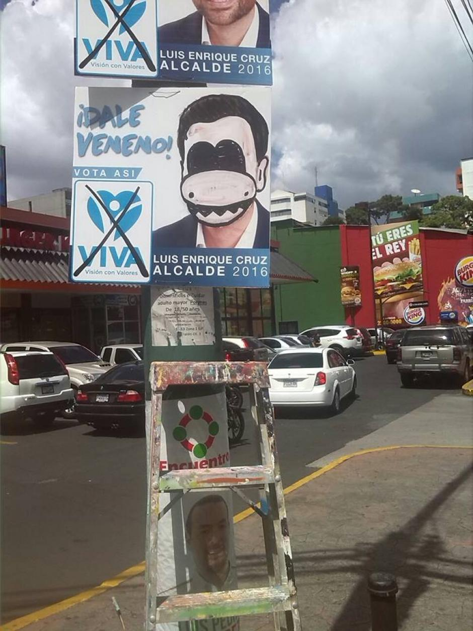 Con creatividad en mano, el artista visual impregna su firma en las principales arterias de la capital. (Foto: Dopezilla)