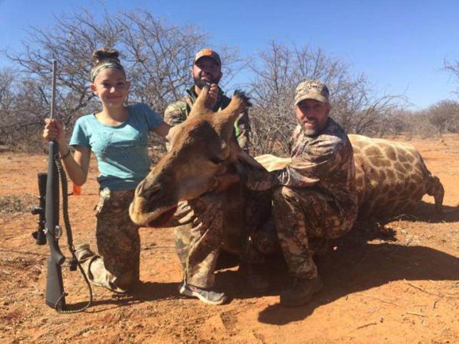 La cazadora causó polémica con sus fotografías. (Foto: infobae.com)