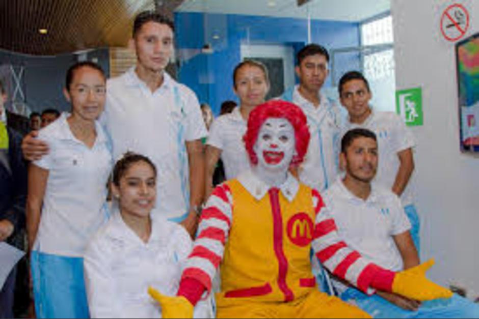 McDonald's anuncia los detalles de su último concurso que busca fomentar el valor de la amistad. (Foto: Eddie Lara/Soy502)