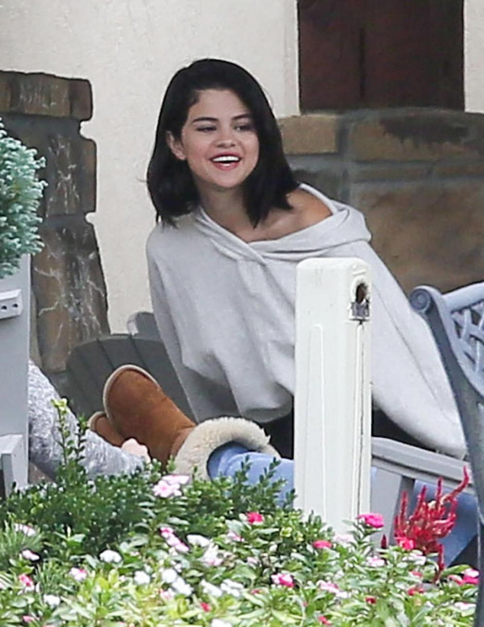 La joven luce sonriente. (Foto: tuenlinea)