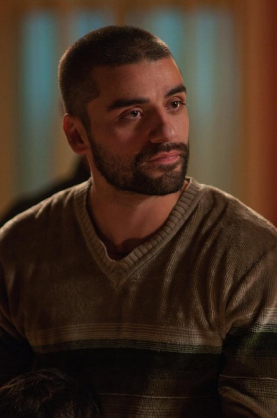 En la película Drive, interpreta a Standra Gabriel, un chico recién salido de prisión, que tiene una joven esposa a la que arrastró a un tórrido mundo. (Foto: IMDb)