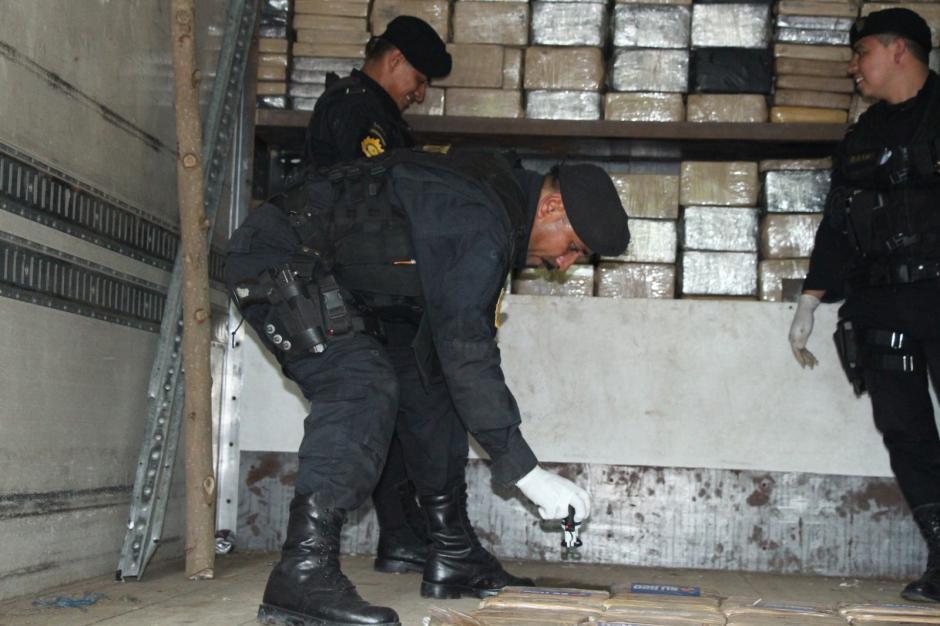 Durante el fin de semana fueron incautadas más de dos toneladas de droga. (Foto: PNC)