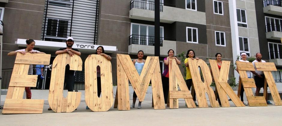 El Ecomarket es un sitio que reúne a emprendedores y que busca hacer conciencia en la población sobre los beneficios que tiene utilizar artículos reciclados. (Foto: Ecomarket)