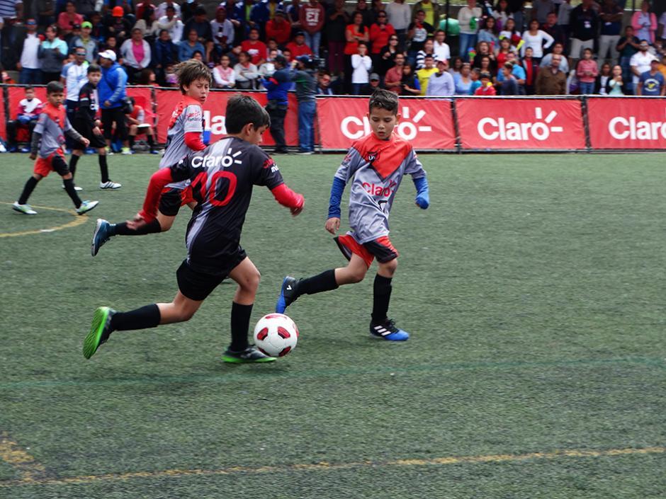 En la categoría 9 y 10 años el enfrentamiento fue entre la Academia Soccer (Sacatepéquez) versus la Academia Club Guatemala (Mazatenango). (Foto: cortesía Darianelly Aquino)