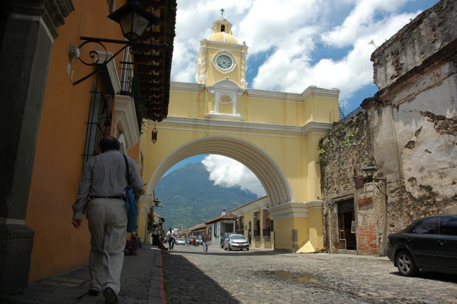 Algunos turistas hacen recorridos sobre este transporte para conocer la ciudad. (Foto: Fredy Hernández/Soy502)