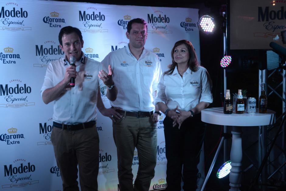 Con dos nuevos productos esperan ampliar su proyección de 10 mil puntos en todo el pais, dijo Michele Marsicovetere, Gerente de Ambev Centroamérica. (Foto: Jesús Alfonso/Soy502)