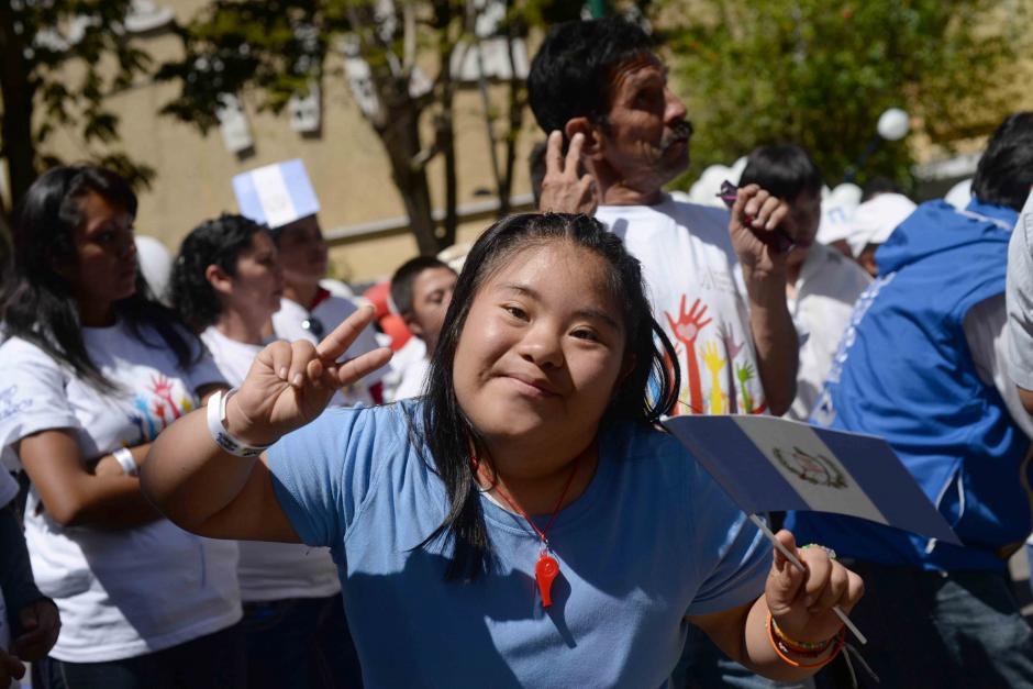 """La caminata tenía como lema """"Inclusión para la vida en una Guatemala en Paz"""". (Foto: Jésus Alfonso/Soy502)"""