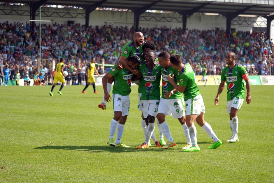 El gol de Antigua GFC al minuto 86 del juego le ayudó a asegurar la clasificación. (Foto: Nuestro Diario)