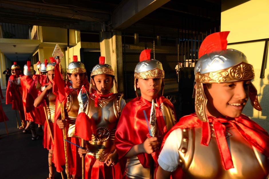 Todos los detalles fueron minuciosos como los romanos que lucieron sus mejores galas. (Foto: Jesús Alfonso/Soy502)