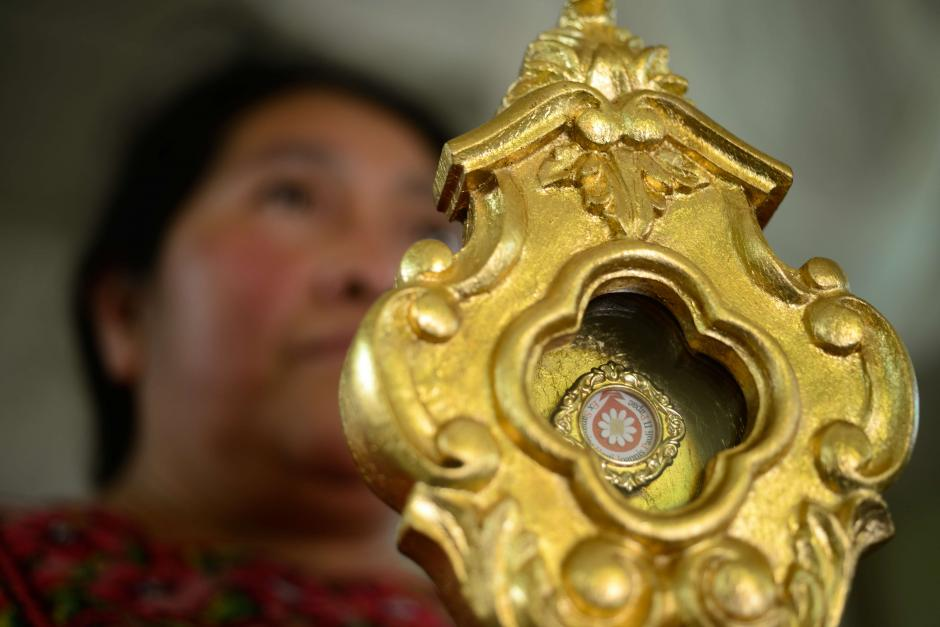 El relicario que contiene una gota de sangre del Papa Juan Pablo II fue traída desde Roma. (Foto: Jesús Alfonso/Soy502)