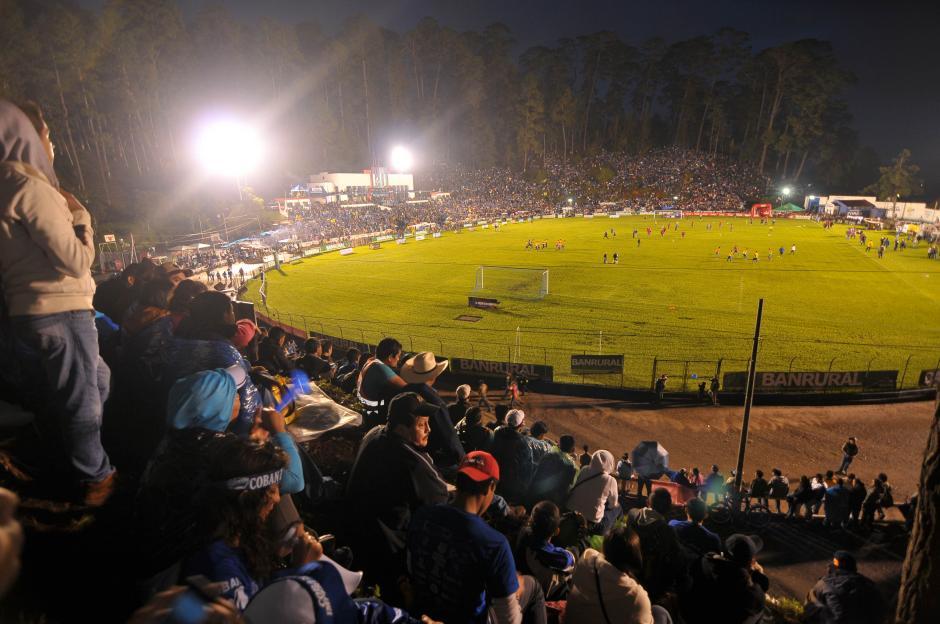 El estadio José Ángel Rossi lució de nuevo con un marco espectacular de gente, como sucedió en la primera fecha.(Foto: Byron de La Cruz/Nuestro Diario)