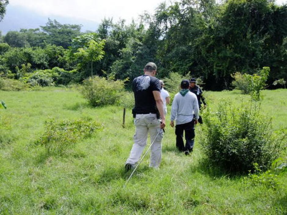 Fiscales han realizado diversas excavaciones y exhumaciones en busca del cuerpo de Cristina. (Foto: Archivo/Soy502)