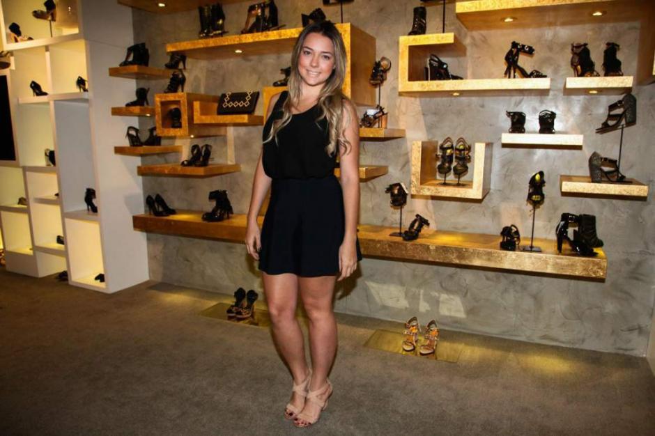La brasileña, Carloina Dantas, tiene 23 años y es la madre del hijo de Neymar.  (Foto: Instagram)