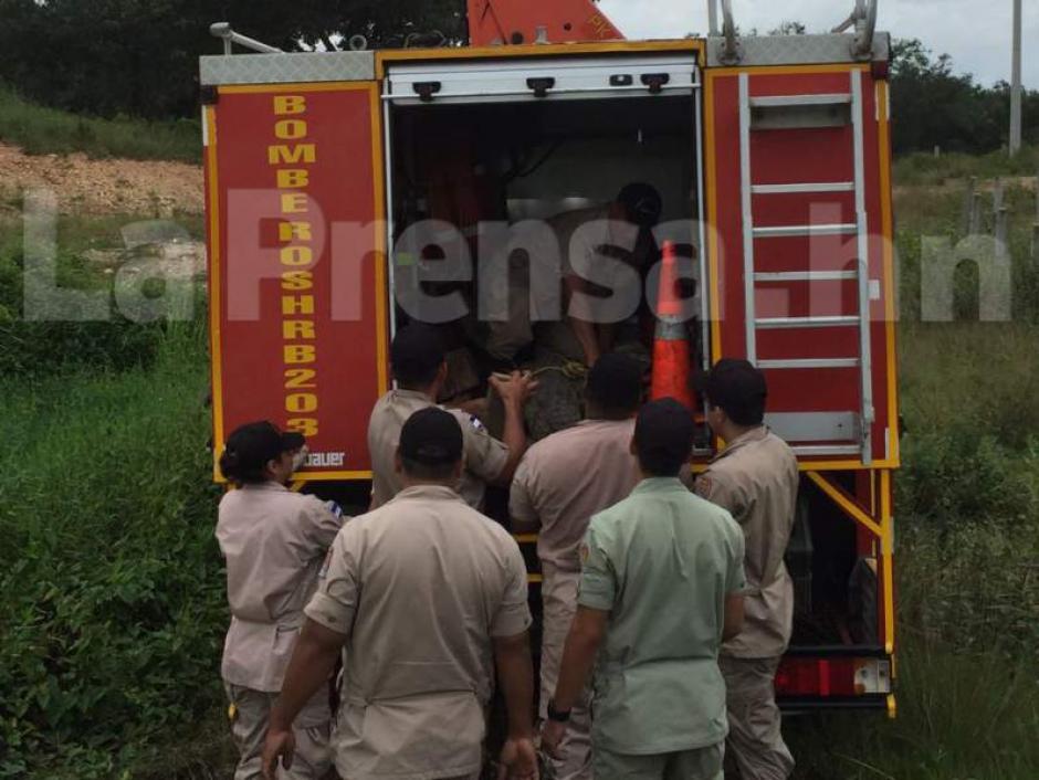 Los vecinos de la localidad llamaron a los rescatistas por temor a ser atacados. (Foto: La Prensa)