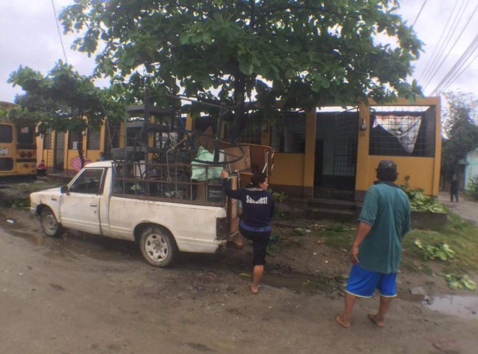 Los vecinos de la colonia Reparto Lempira tienen 24 horas para desalojar sus casas. (Foto: www.elheraldo.hn)