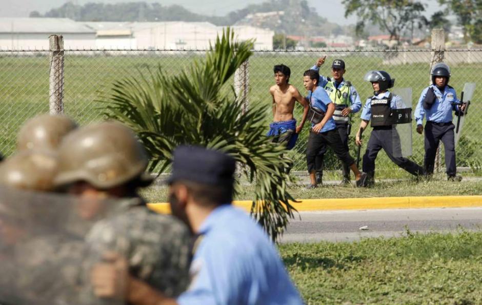 El caos se apoderó de la 33 calle de San Pedro Sula. (Foto: El Heraldo)