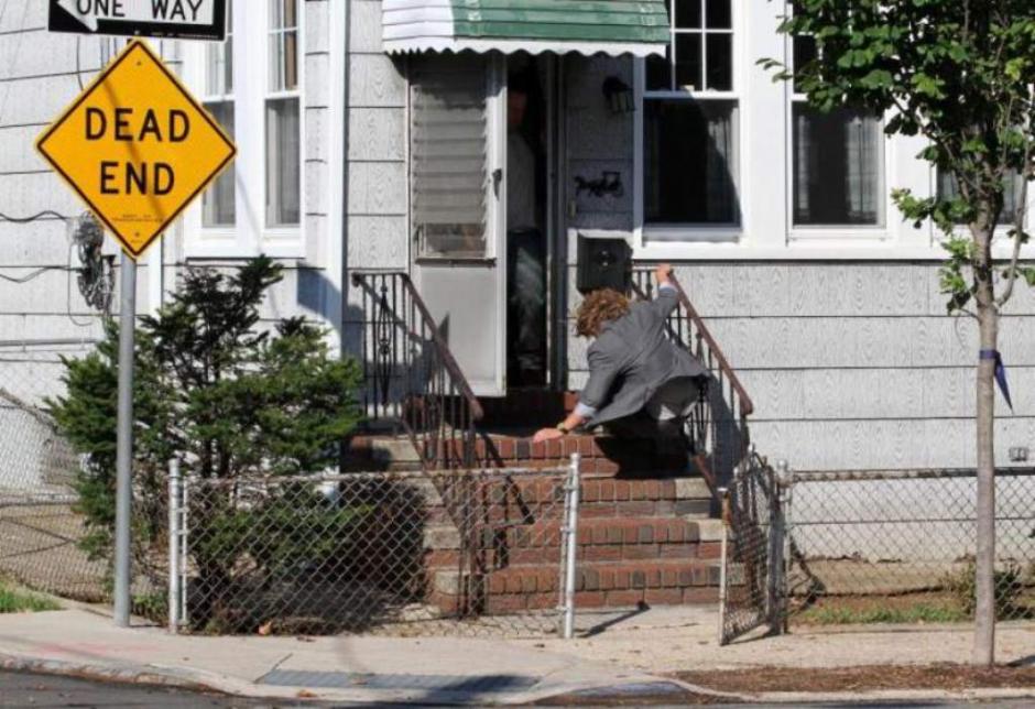 """La """"Diva de El Bronx"""" estaba grabando un capítulo de la nueva seie """"Shades of Blue"""" cuando de repente resbaló. (Foto: elheraldo.hn)"""