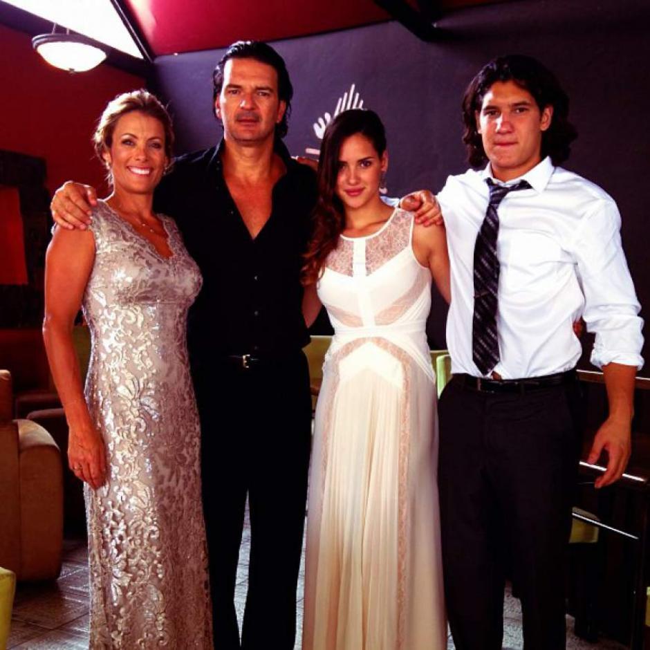 Ricardo se muestra orgulloso de su familia. (Foto: Twitter)
