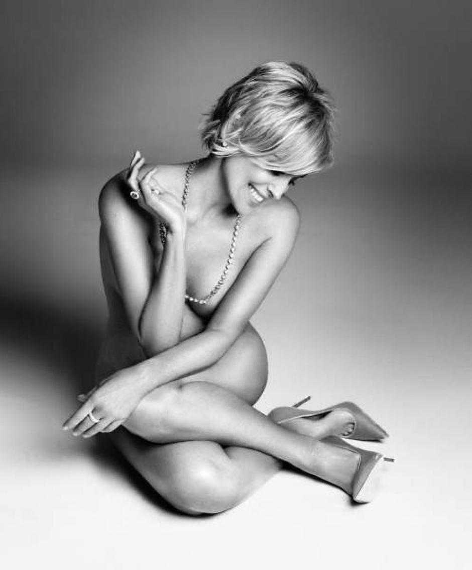 Hermosa, seductora y muy sensual, así luce Sharon Stone en una sesión de fotos al desnudo para una revista. (Foto: Harper's Bazar)