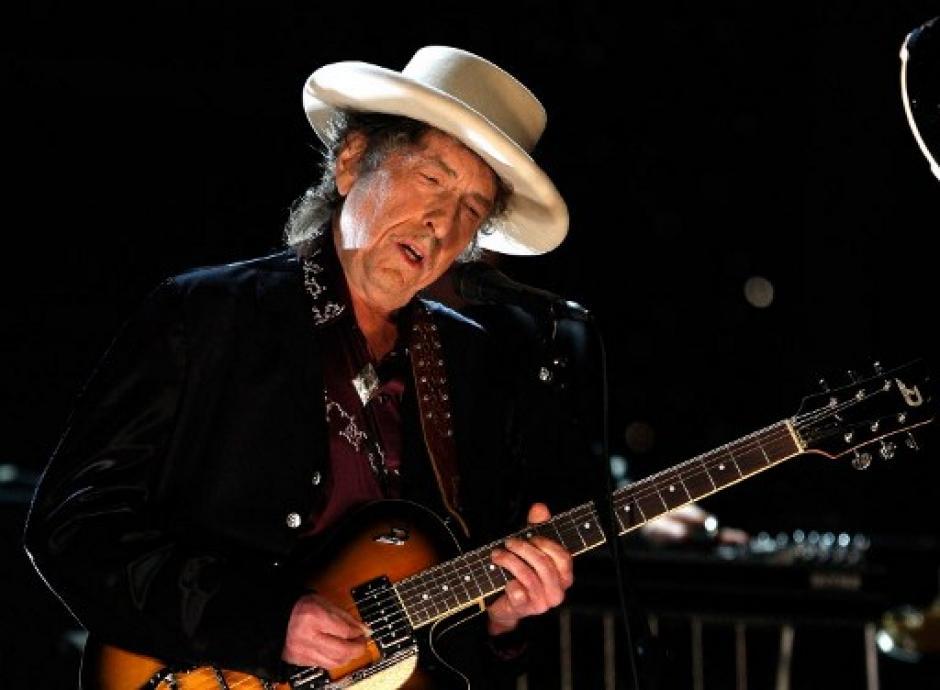 El músico estadounidense fue galardonado con el Premio Nobel de LIteratura. (Foto: AFP)