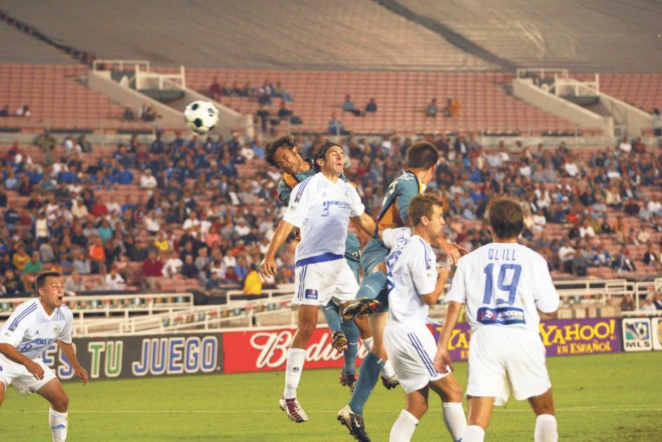 El artillero guatemalteco anotó un total de 68 goles oficiales con el Galaxy. En 2002 había impuesto un récord de 26 goles en una sola temporada, marca que fue superada porChris Wondolowski en 2012. (Foto: Archivo/Nuestro Diario)