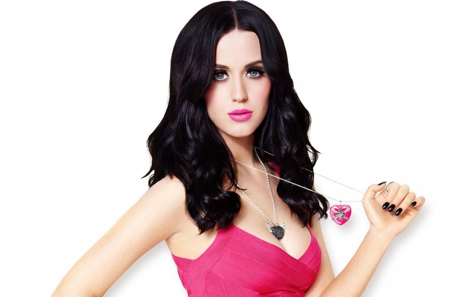 Katy Perry es la actual pareja de Orlando Bloom a quien se le vio muy acaramelado con Selena Gomez. (Foto: careermasti.com)