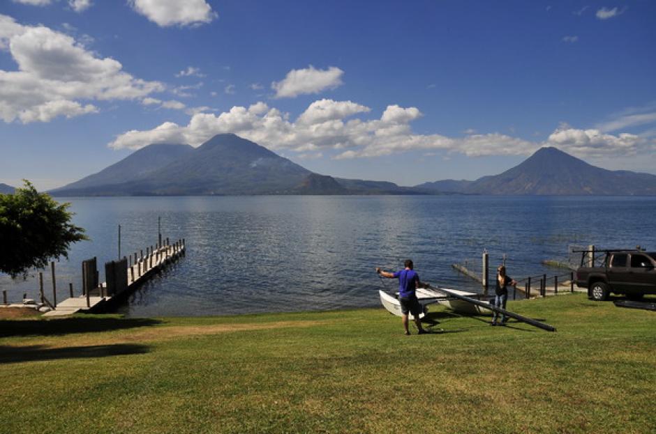 Con el hermoso Lago de Atitlán de fondo, los niños y jóvenes velerista de Guatemala participaron en la Copa Maegli 2014. (Foto: Orlando Chile/Nuestro Diario)