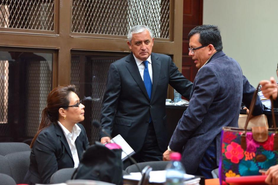 Gustavo Juárez se apersonó a último minuto como defensor de Baldetti en el caso La Línea. (Foto: Jesús Alfonso/Soy502)