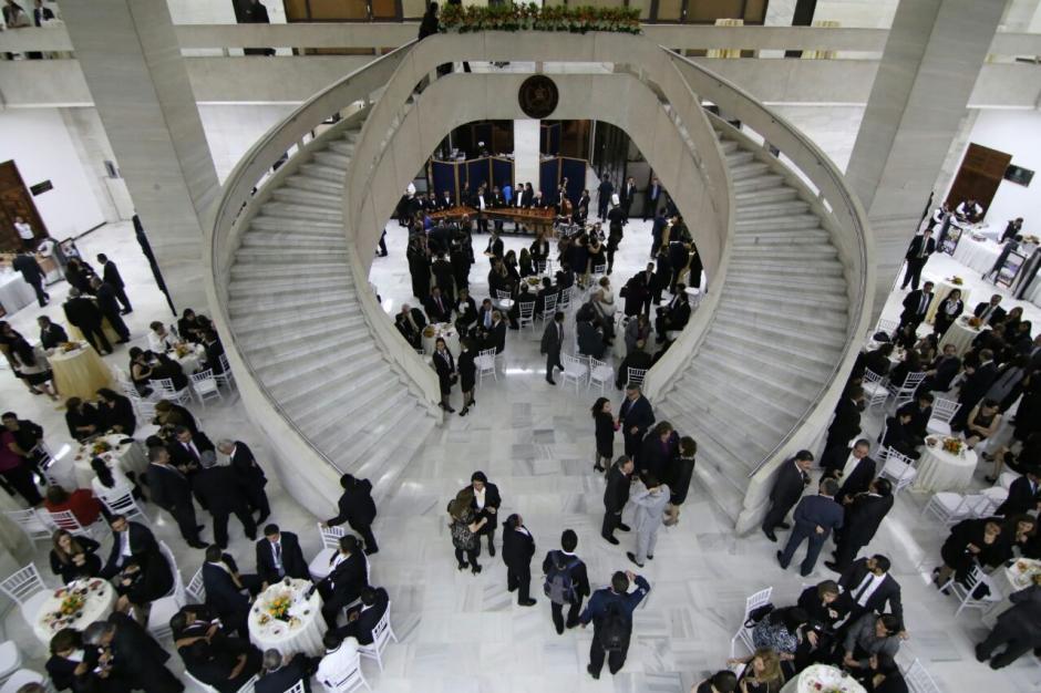 La recepción se realizó en el vestíbulo de la CSJ. (Foto: Alejandro Balán/Soy502)