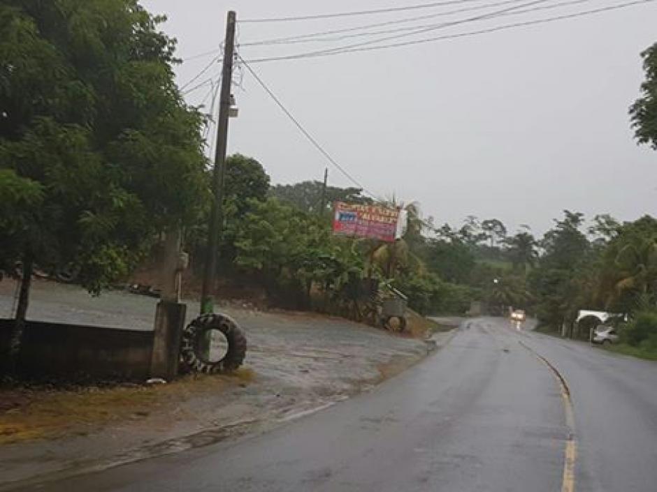 El huracán Earl se degradó a tormenta tropical y la Conred mantiene alerta. (Foto: @ConredGuatemala)