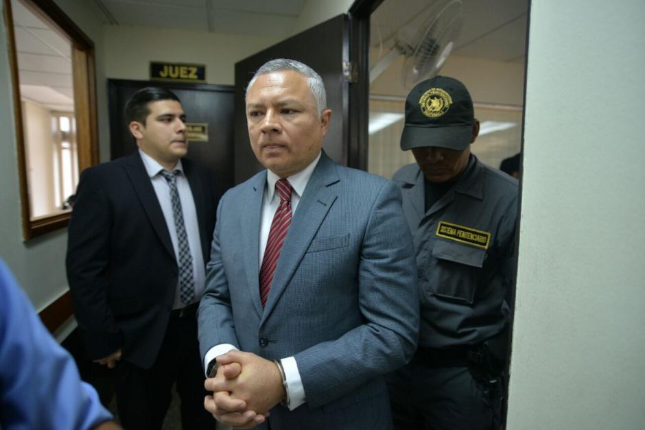 Salvador Estuardo González también se presentará ante el juez Miguel Ángel Gálvez. (Foto: Wilder López/Soy502)
