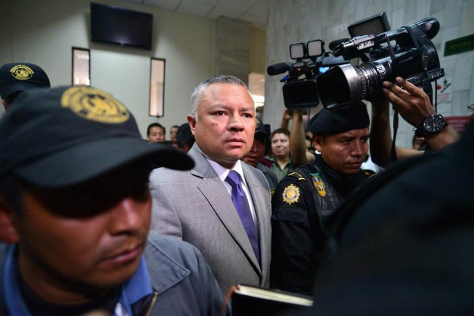 "Salvador González ""Eco"" espera desde ayer para declarar como colaborador eficaz. (Foto: Wilder López/Soy502)"
