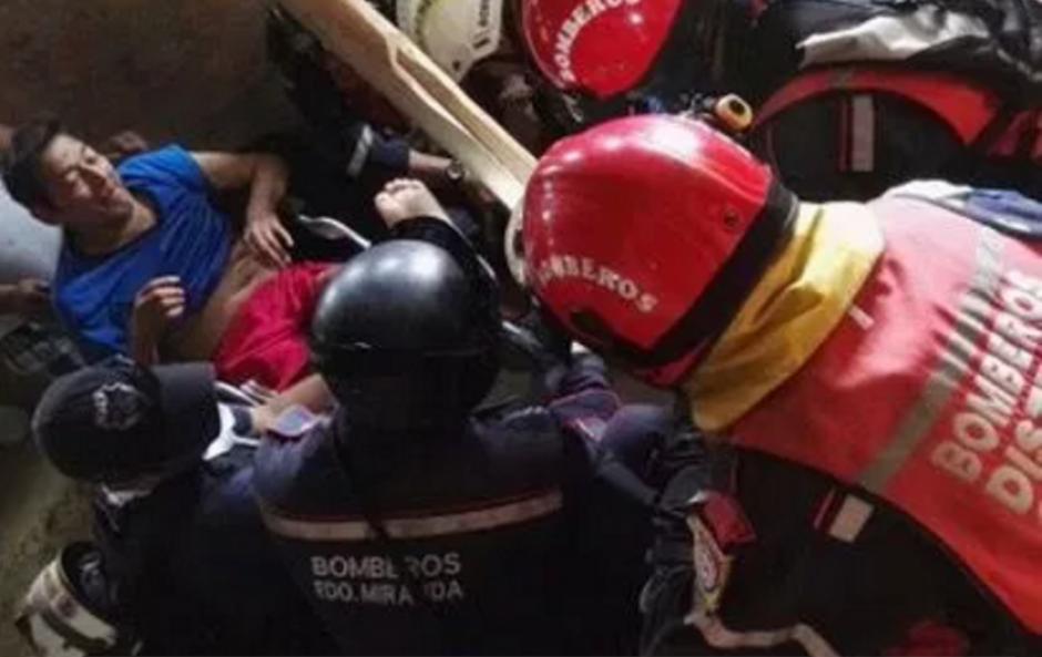 Aclaran el supuesto rescate de un adulto mayor que fue llevado hacia el Hospital en Ecuador. (Foto: @contrapuntovzla)