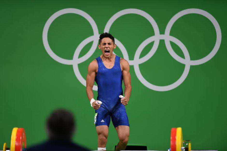 Pineda sumó 251 kg entre las pruebas de envión y arranque. (Foto: Aldo Martínez/Enviado especial Nuestro Diario)