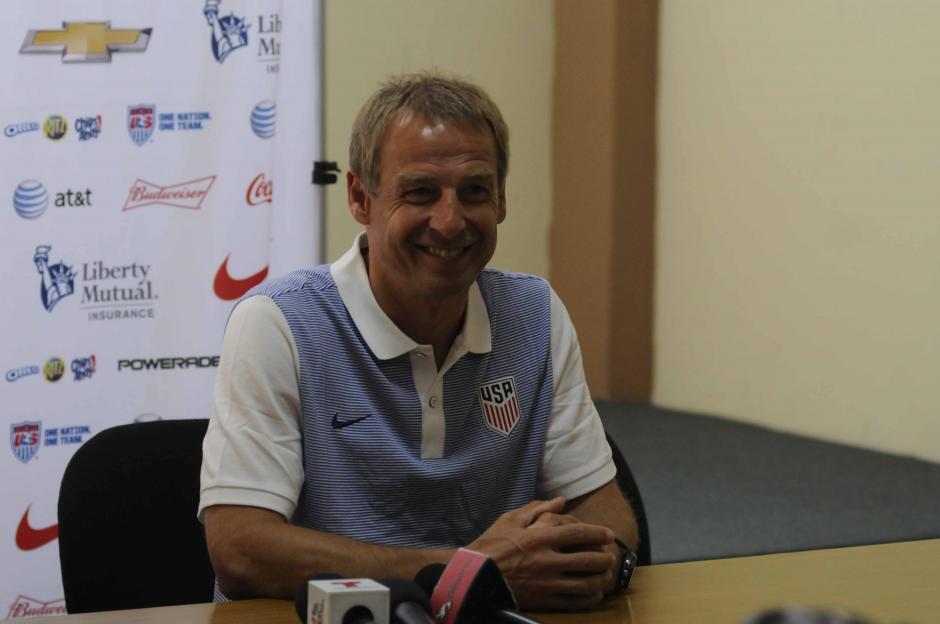 Jurgen Klinsmann respondió varias preguntas de los medios guatemaltecos. (Foto: Pedro Pablo MIjangos/Soy502)