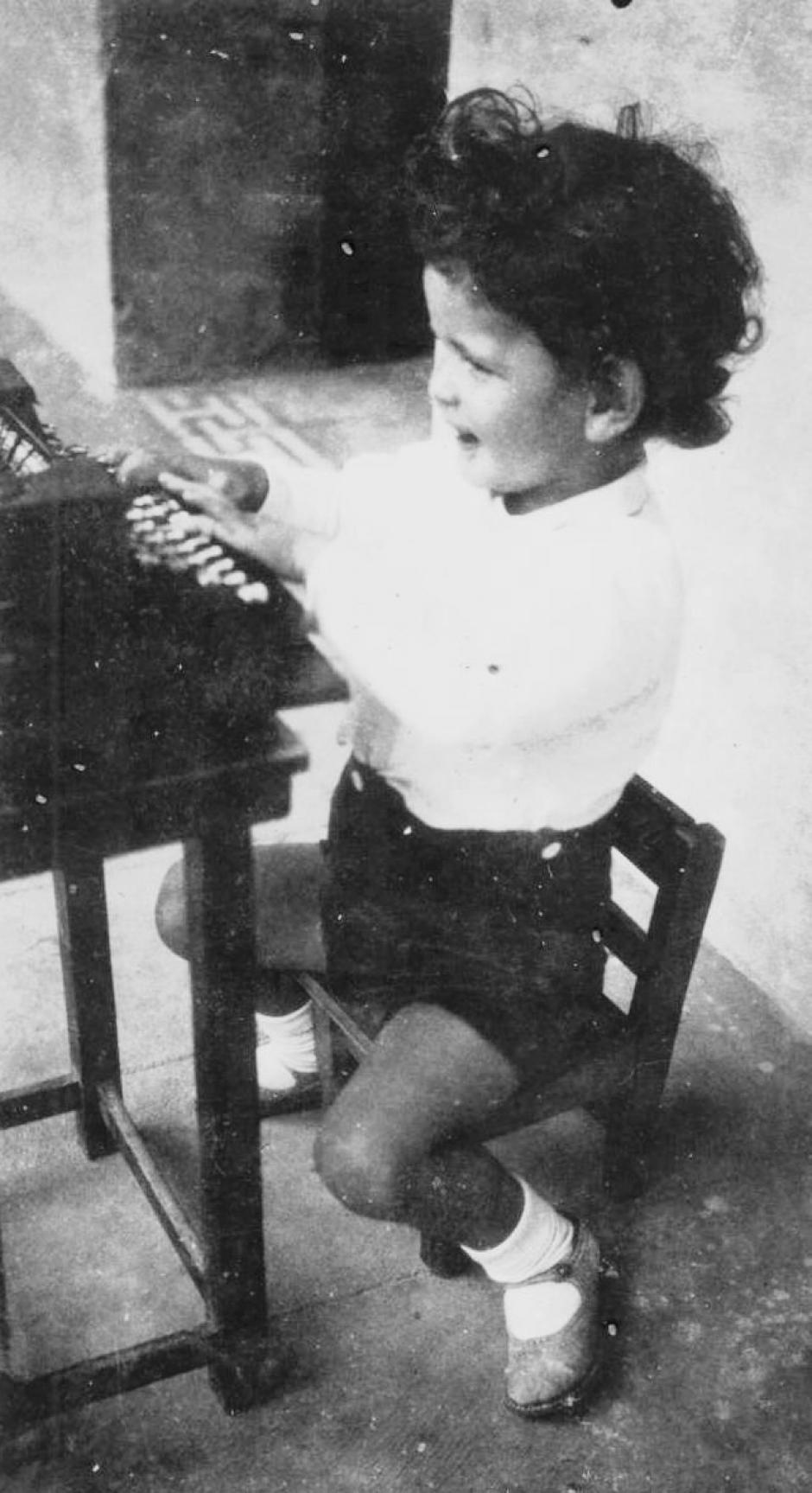 A los 5 años Recinos ya era un gran dibujante. (Foto: Wikipedia)
