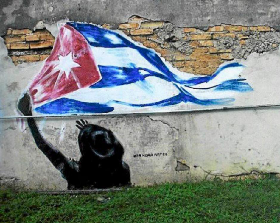 Sus graffitis muestran su visión de Cuba. (Foto: El Mundo)