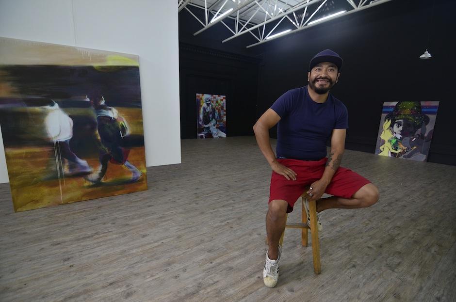 El artista visual Carlos Pérez, residente en Austria se encuentra en el país. (Foto: Selene Mejía/Soy502)