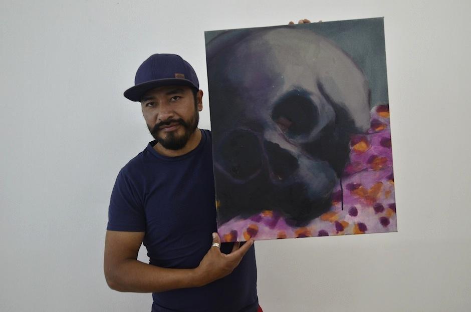 Carlos Pérez mezcla diversas técnicas para lograr su arte. (Foto: Selene Mejía/Soy502)