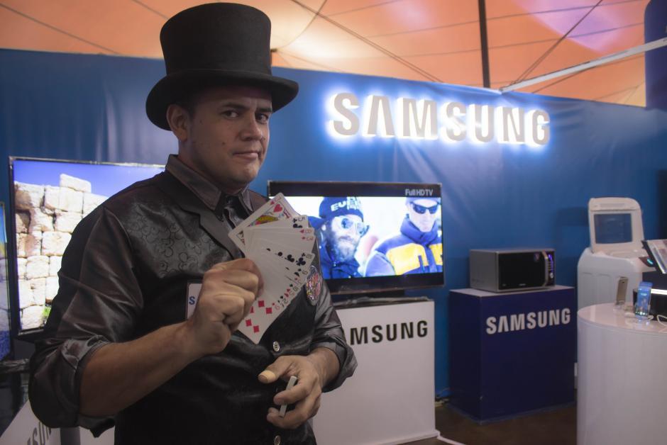 Samsung es una de las marcas emblemáticas del portafolio. (Foto: Eddie Lara/Soy502)