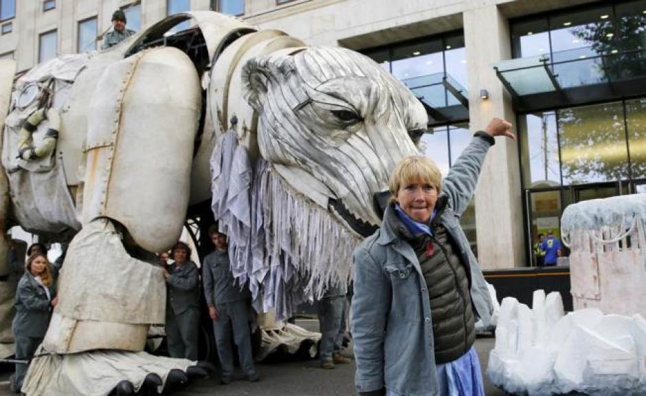 Emma Thompson, pide a la compañía Shell que detenga la perforación de pozos petroleros en el Ártico. (Foto: eluniversal.com.mx)