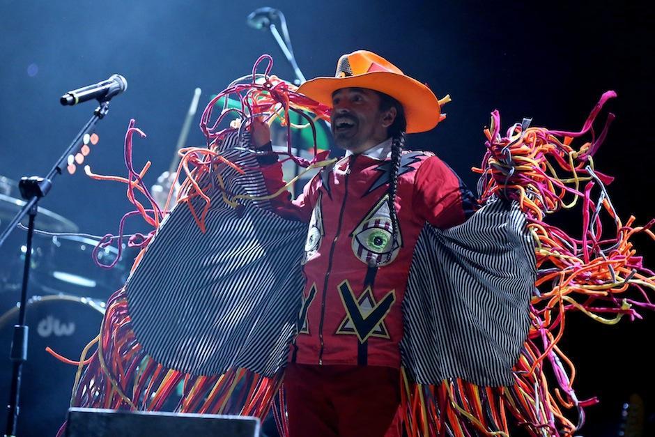 Rubén Albarrán de Café Tacvba, hizo saltar a los invitados del Empire Music Fest. (Foto: Esteban Biba/EFE)