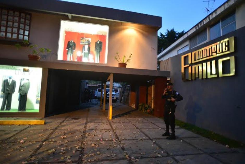 Luego de las investigaciones la Boutique Emilio fue allanada y se incautaron varios millones de quetzales. (Foto: Archivo/Soy502)