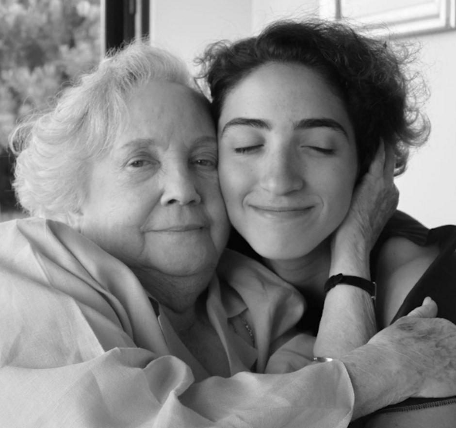 Emily Stefan, hija de la cantautora Gloria Stefan y el productor Emilio Stefan, comparte algunas piezas de rap con su abuela en redes sociales. (Foto: Emily Stefan)