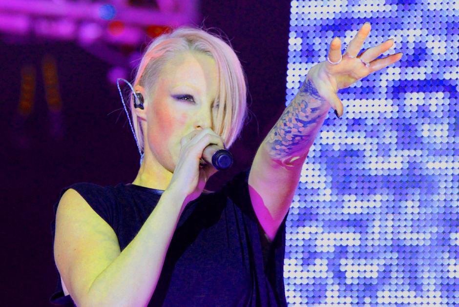 Emma Hewitt deleitó al público con su música trance. (Foto: Luis Barrios/Soy502)